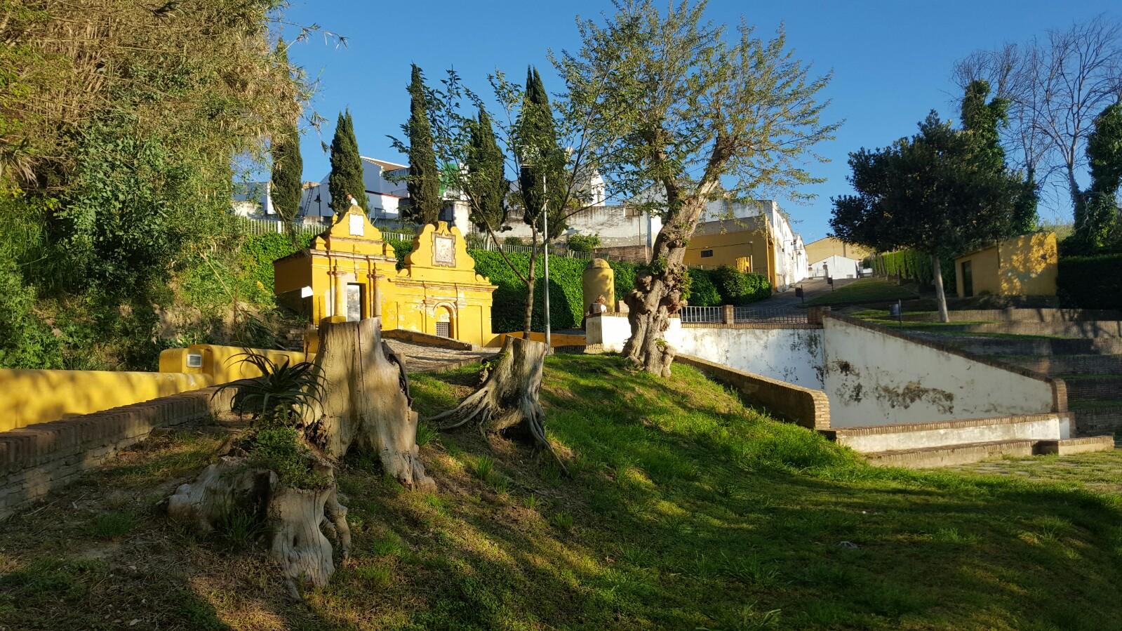 Vista de la Fuente Vieja de Aznalcázar