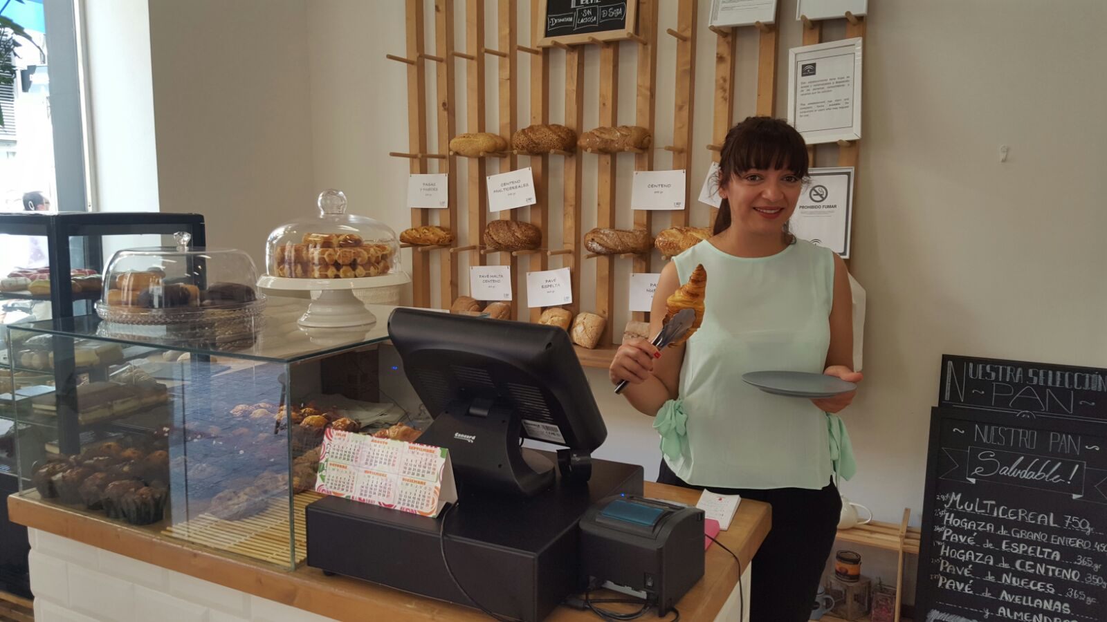 Fátima Hani, en «Le Petit Café»