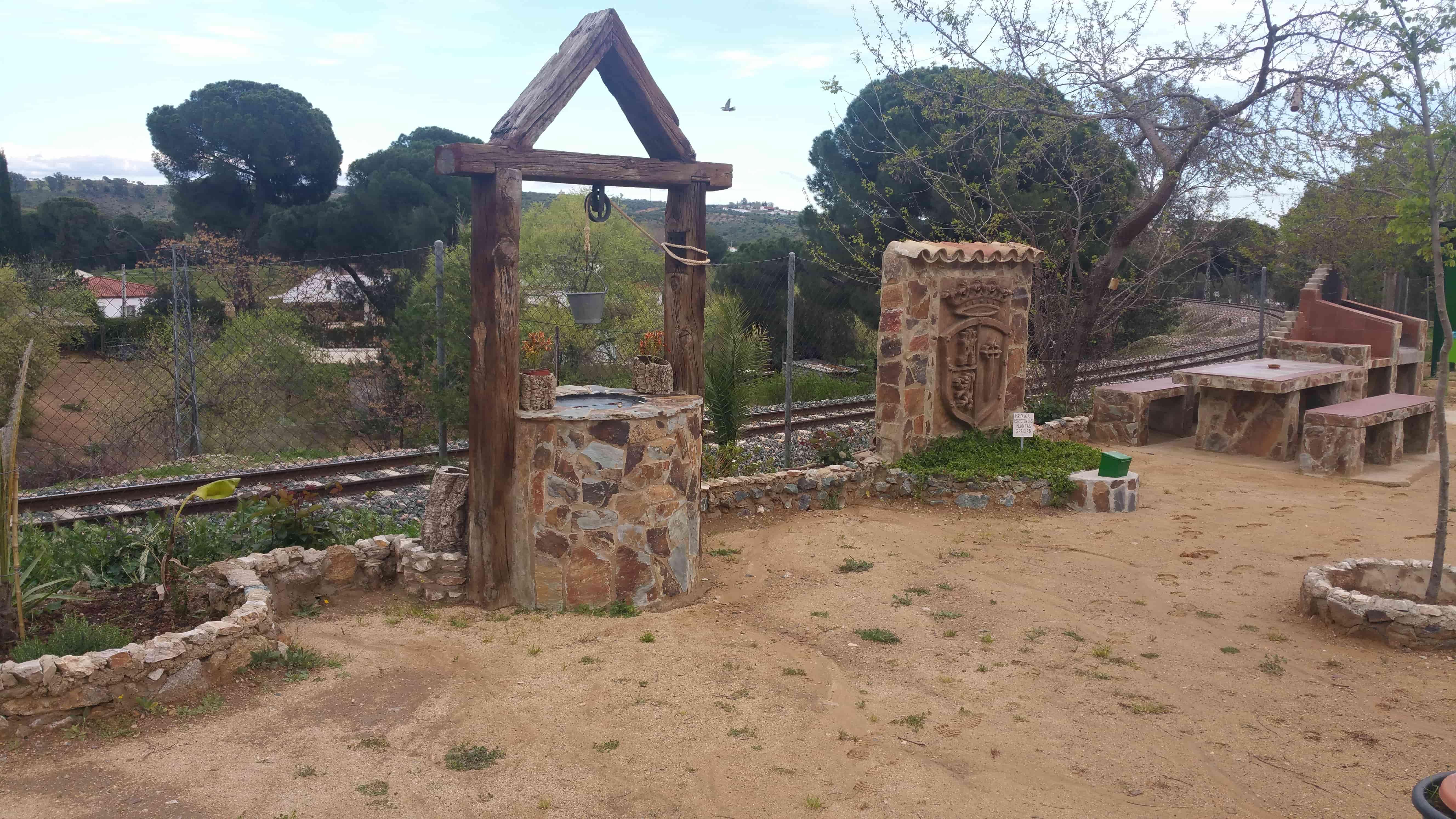 Área recreativa junto a la vía del tren
