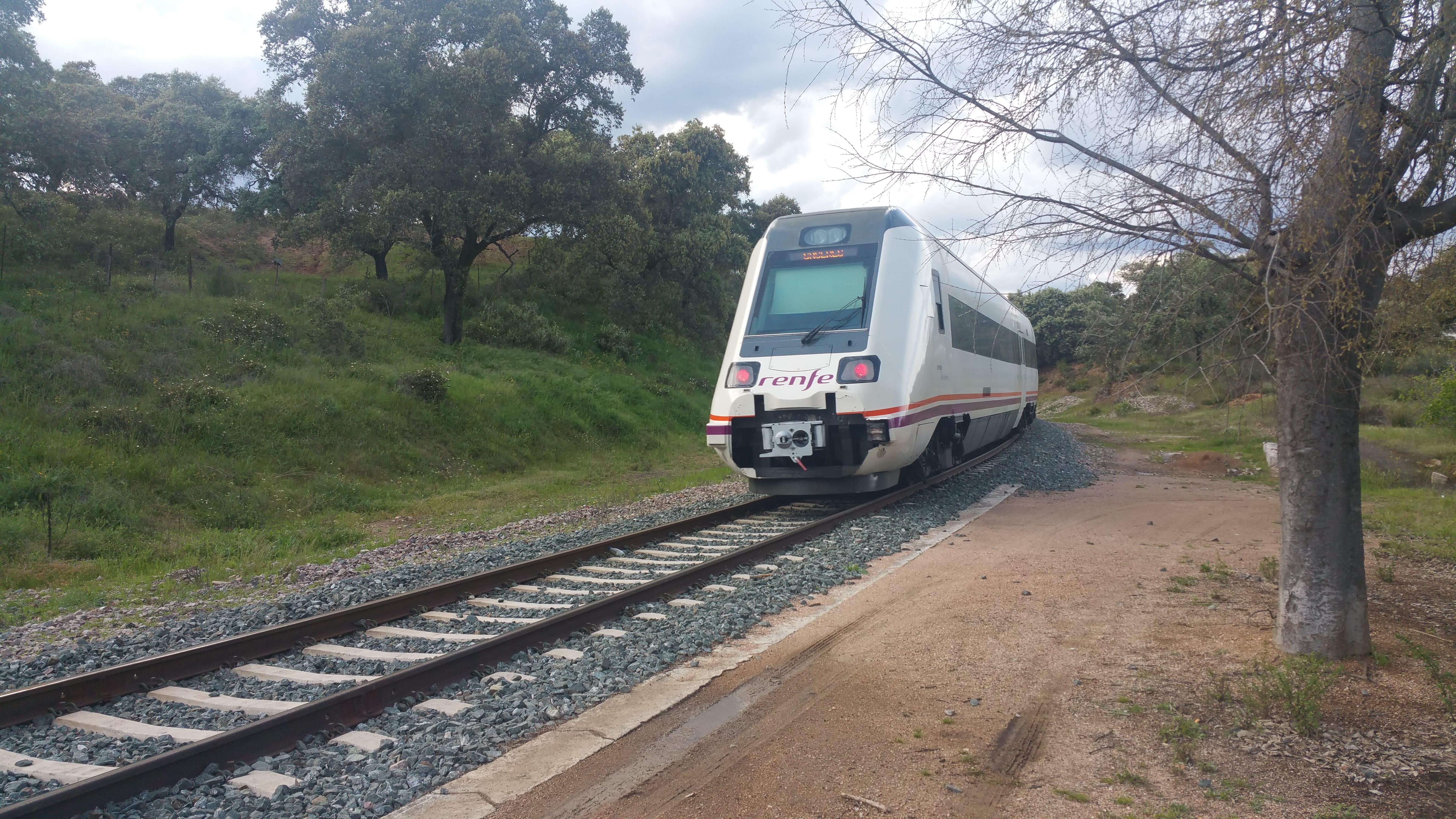 El tren camino de Cáceres
